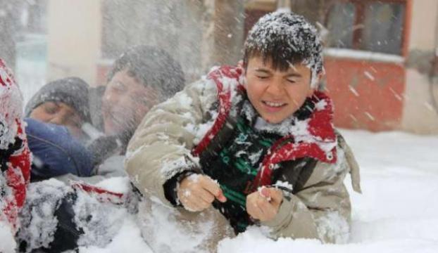Eğitime kar engelli