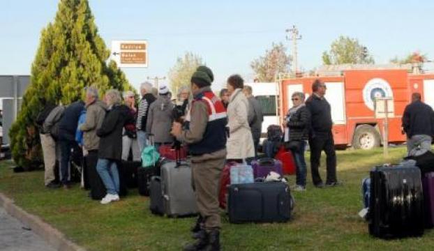 Antalyada 2 otobüs çarpıştı