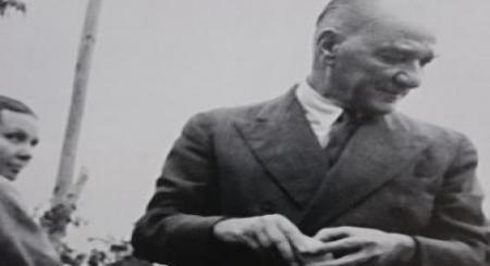 Atatürk'ün daha önce hiç görülmemiş fotoğrafları