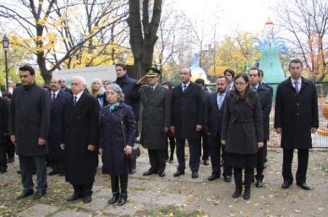Atatürk yurt dışında da anıldı