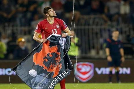 UEFAdan Beşiktaşa bayrak uyarısı