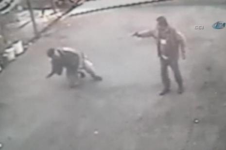 Çöp kovası kavgasında kurşun yağdırdı