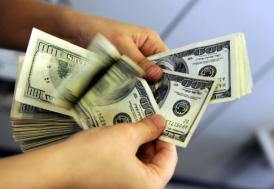 Dolar, 5 ayın zirvesinde