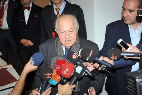 Galatasaray seçiminde kİm önde?