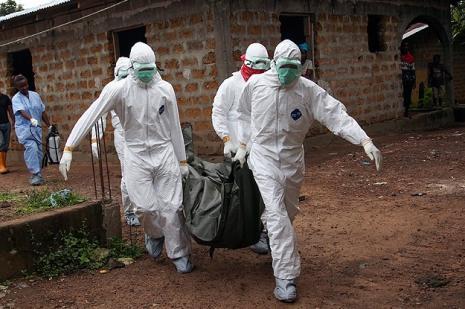 Ebola testinde bir asker pozitif çıktı