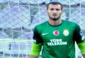 Galatasaray'lı oyuncunun parmağı kırıldı