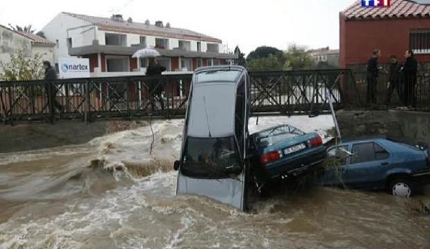 Fransada sel felaketi can aldı