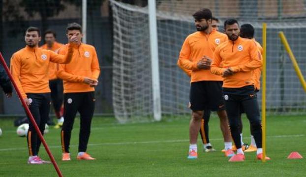 Galatasarayda hazırlıklar sürüyor