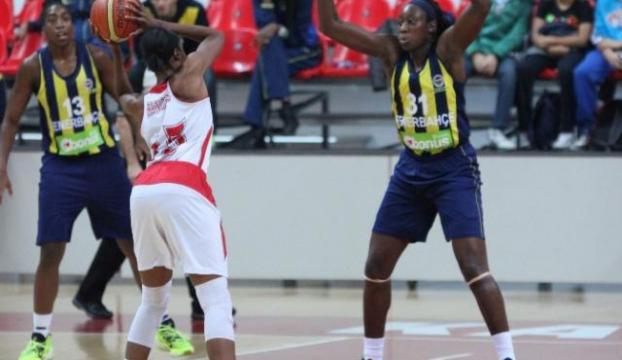 İlk yenilgiyi Fenerbahçe tattırdı