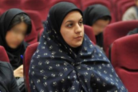 İran'da cinayetten hüküm giyen kadın idam edildi