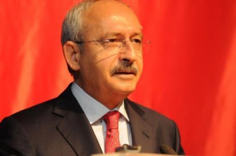 AK Partililere soruldu: Kılıçdaroğlu gitsin mi kalsın mı?