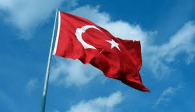 2 ilde Türk Bayrağına saldırı!