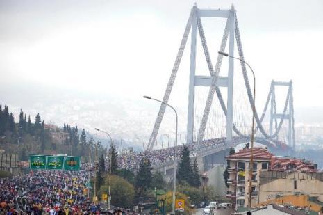 Köprü bu defa sallanmadı