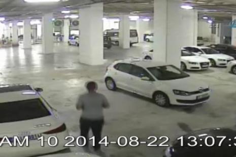 Lüks otomobil hırsızı kamerada