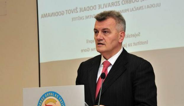 Sağlık Bakanı istifa etti