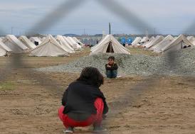 Yunanistan'da ölüme terkedilmiş 70 sığınmacı bulundu