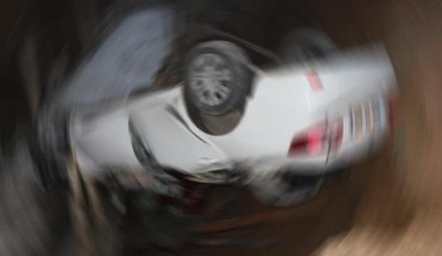 Otomobiliyle takla attı: 1 ölü