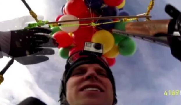 Paraşütçünün 90 balonla tehlikeli uçuşu