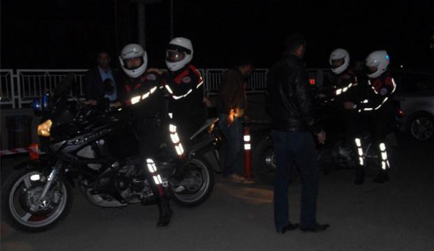 Kavgaya müdahale eden polise silahlı saldırı