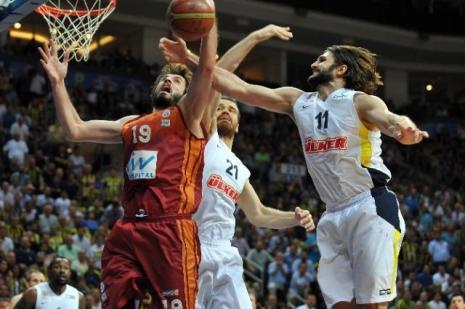 Maça çıkmayan Galatasaray'a ceza yağdı