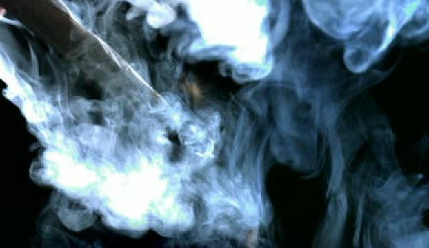Sigara kullanan kişiler, hayatından 13 yıl kaybediyor