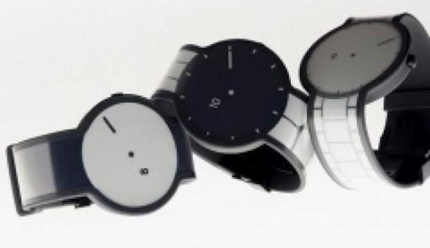 Sonynin e-kağıt kullanan akıllı saati görüntülendi