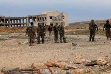 Suriyede rejimi Hama Askeri Havaalanını boşaltmaya başladı