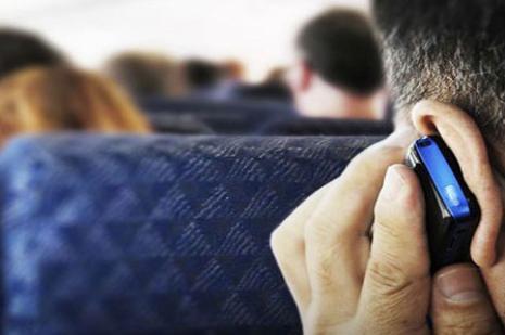 Uçaklarda cep telefonu düzenlemesi