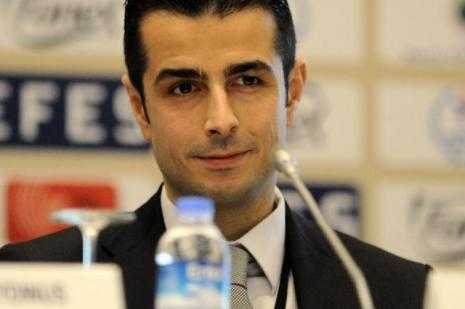 UEFAdan Kalkavana görev