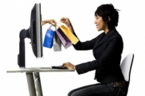 Online alışverişte dünyayı geride bıraktık
